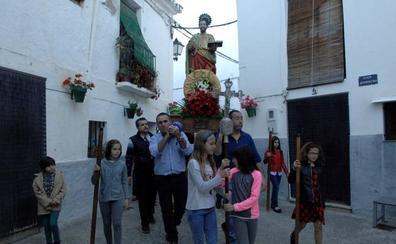 Los vecinos de Caratáunas celebran las fiestas de San Marcos con quince degustaciones gratuitas