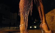 Piden 11 años de cárcel a una mujer por someter a «semiesclavitud» a varias prostitutas en Granada