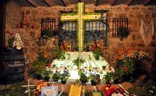 Todo preparado para celebrar las tradicionales Cruces de Mayo