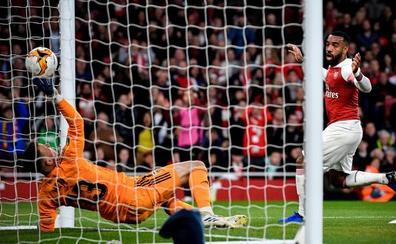 El Arsenal aleja el sueño europeo del Valencia