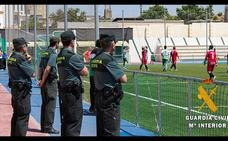 Denuncian a un futbolista de Roquetas por agredir a un árbitro tras un partido de juveniles en los vestuarios