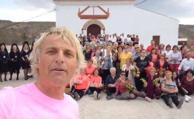 Jesús Calleja busca hoy granadinos para participar de una foto grupal gigantesca