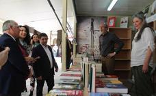 Los libros salen a la calle durante 10 días y buscan compradores