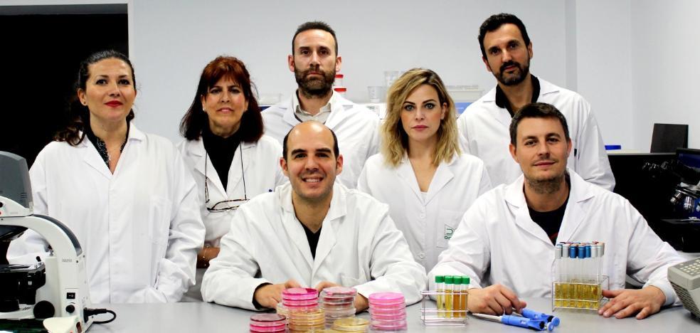 Descubren bacterias en Sierra Nevada que alargan la vida útil de alimentos refrigerados