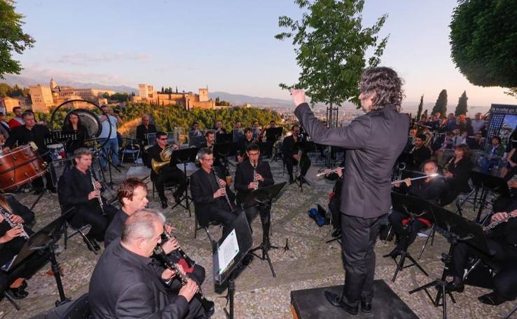 Las mejores imágenes de la Noche en Blanco 2019 en Granada