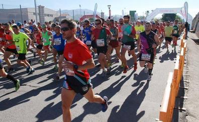 1.300 atletas estrenan recorrido en el Gran Premio de Salobreña