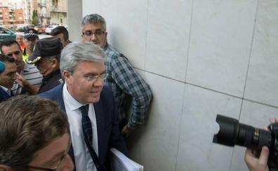 Fernández de Moya recurre el auto de procesamiento por el caso Matinsreg