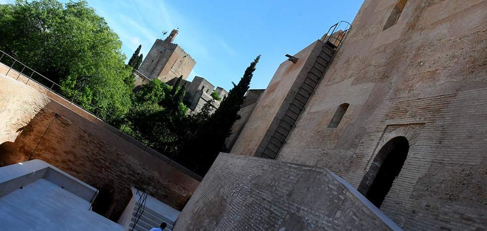 Torres Bermejas recupera su esencia original y será gratis en junio para los granadinos