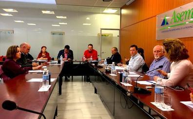 Los regantes de Almería presionan para que el 'Pacto andaluz por el agua' incluya la conexión con Rules