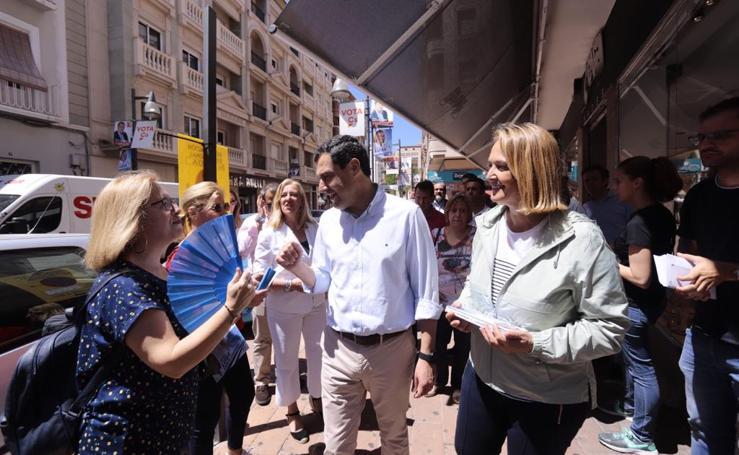 Juanma Moreno visita Motril y arropa a Luisa García Chamorro
