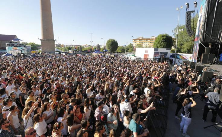 Las mejores fotos del ambiente y las actuaciones del festival En Órbita