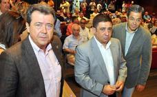 Reyes califica de «buena noticia» el archivo de la causa contra Parra y Moya