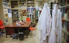 Unos 400 investigadores de la UGR se plantean ir a la huelga por retrasos en el pago de la subida salarial