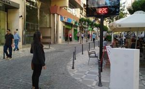 Los relojes termómetro de Jaén vuelven a funcionar dos años después y en más lugares