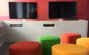 La apertura de la biblioteca José María Artero se atasca por la paralización del contrato para los libros