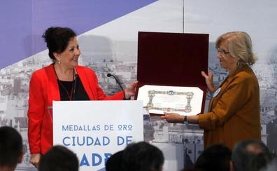 La cantaora Carmen Linares agradece a Madrid que se «emocione con el arte andaluz»