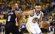 Curry da el primer golpe de los Warriors en la Final de la Conferencia Oeste