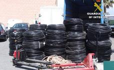 La Guardia Civil aclara cinco robos en naves industriales de Almería y Granada