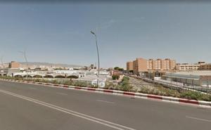 La Junta, 13 meses para adjudicar la obra de carril-bici del puente de la avenida del Mediterráneo