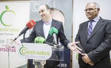García Montero: «Tenemos 125 banderolas, el mínimo que permite la normativa»