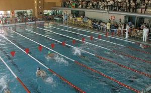 Quejas tras toda la semana sin agua caliente en la piscina de Las Fuentezuelas