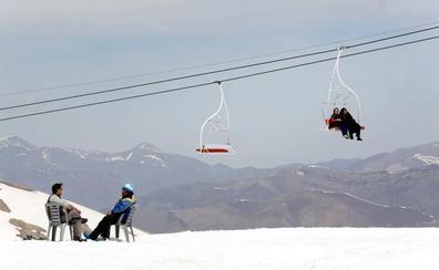 El granadino que ha batido un récord en la montaña más alta de Persia
