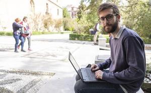 Un estudiante de la UGR desarrolla un proyecto para monitorizar a ancianos y a niños con autismo