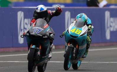 Canet consolida su liderato salvando una caída en la última vuelta