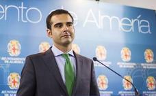 Fernández-Pacheco apuesta por ponérselo fácil a las familias con beneficios fiscales