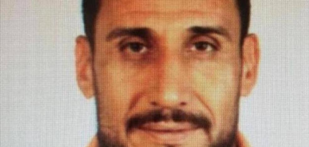 Alerta policial: un asesino marroquí «extremadamente violento y peligroso» podría pasar por España