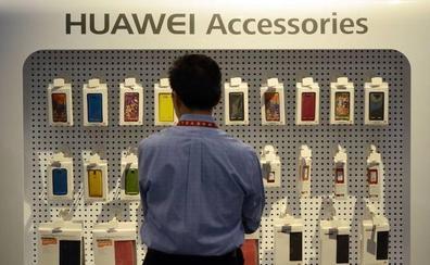 Desconcierto en las tiendas de Granada por el veto de Google a Huawei: «¿Puedo devolver mi móvil?»