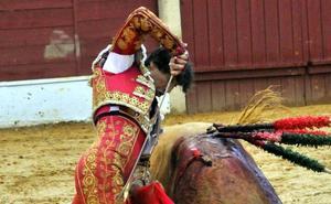 Curro Díaz por la puerta grande, a la espera de Madrid