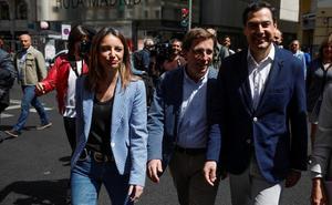 Juanma Moreno pide a Vox que no haya «chantaje» para aprobar los presupuestos