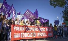 Concentración de trabajadores de escuelas infantiles.