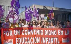 Tres carreras universitarias por un sueldo de 700 euros al mes