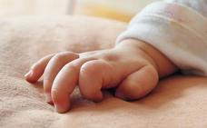 10 años de cárcel para los padres que se grabaron abusando sexualmente de su bebé de tres meses