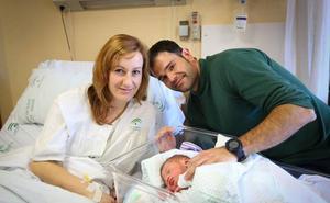 La Junta extiende la deducción de 50 euros por nacimiento y adopción para rentas de 19.000 euros