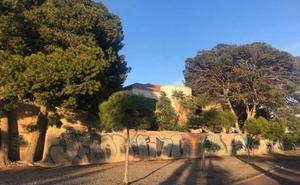 Un paseo entre parras, horno de pan, noria, zona infantil y un café, en el futuro Museo de la Vega