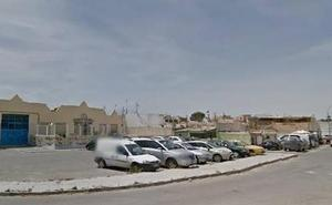 Fallece el hombre encontrado atado en su vivienda de El Puche