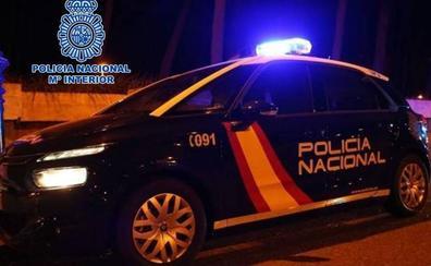 Detenido un hombre por apuñalar a cinco personas en el centro de Granada