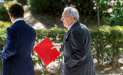El juez prohibe salir de España al exembajador de Zapatero en Venezuela