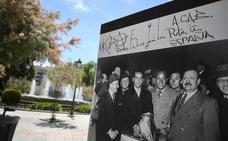 Sabotean la exposición de Lorca en la Fuente de las Batallas