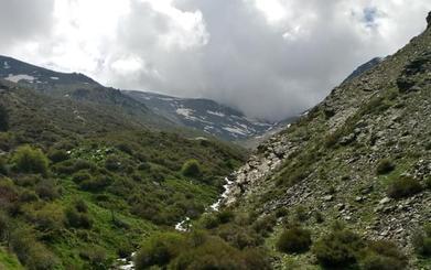 Subida a 'Piedra Partía', un refugio de alta montaña con impresionantes vistas