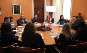La granadina Rosa Muñoz participa en un debate presidido por la reina Letizia
