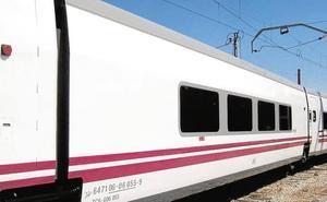 La locomotora del Almería-Madrid deja tirados a los viajeros otra vez