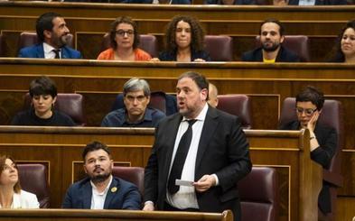 Los letrados del Congreso avalan la suspensión de los diputados presos