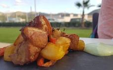 La IV Ruta de la Tapa Solidaria de Almería arranca con la participación de 23 restaurantes