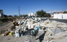 La Fiscalía alerta del «alto riesgo de incendio» en siete vertederos de Granada