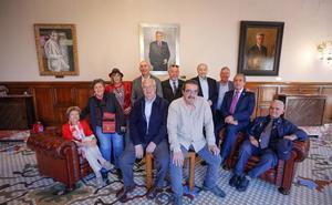 Los 11 concejales del primer Ayuntamiento democrático de Granada