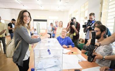 Marta Gutiérrez (Vamos Granada): «Nuestro voto está con las personas que quieren una ciudad libre de corrupción»
